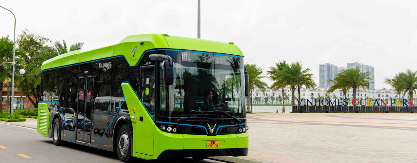 VinBus Officially Operates the First Smart Electric Bus in Vietnam